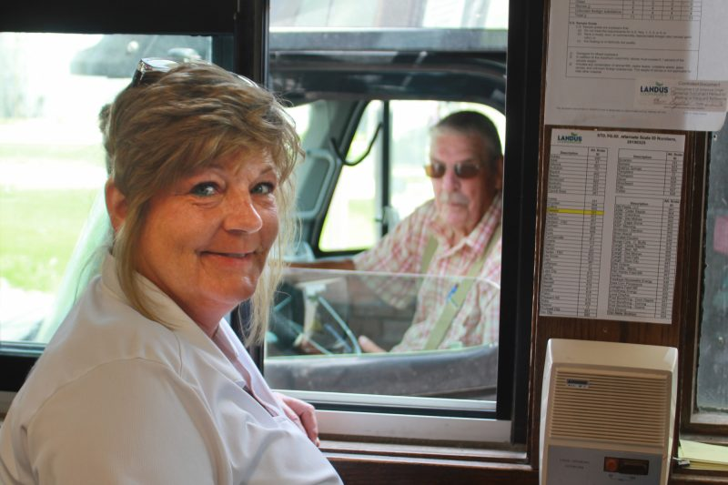 Pam Lyons Customer Service