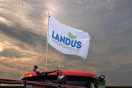 Landus Flag On Equipment 2016 1024X683