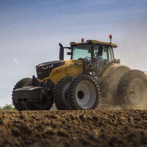 Challenger Tractor 1024X683